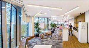 Telekom székház iroda ebédlő enteriőr